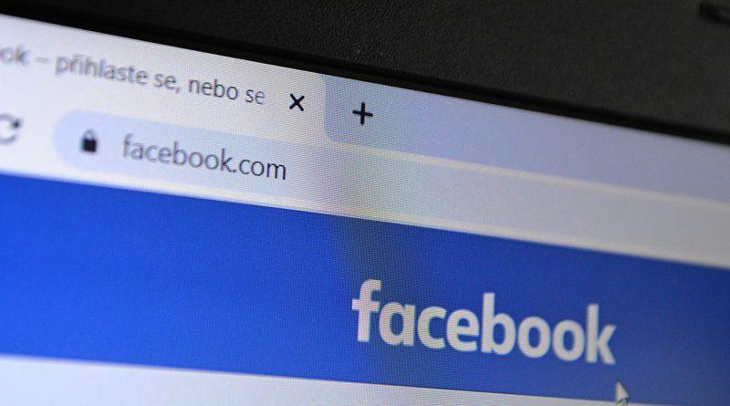 Pozor na facebookové podvodníky